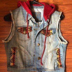 Juniors Printed Jean Vest/ Jacket